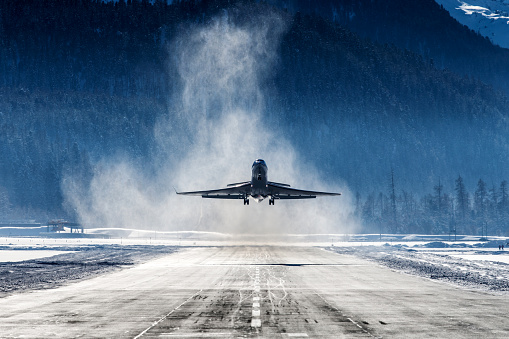 Commercial Airplane「Business Jet」:スマホ壁紙(18)