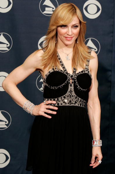 Digitally Generated Image「48th Annual Grammy Awards - Press Room」:写真・画像(19)[壁紙.com]