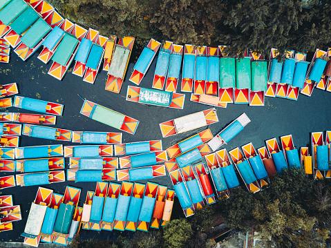 Mexico「'Trajinera' boats in the Xochimilco's canals, Mexico City.」:スマホ壁紙(19)