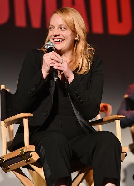 "Emma McIntyre「""The Handmaid's Tale"" Hulu Finale」:写真・画像(3)[壁紙.com]"