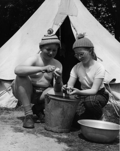 Fred Morley「Potato Duty」:写真・画像(3)[壁紙.com]