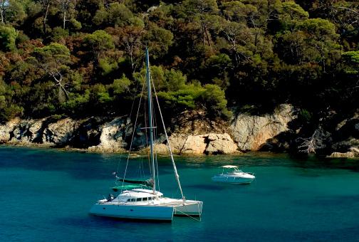 Catamaran「Boats by Porquerolles Island, France」:スマホ壁紙(18)