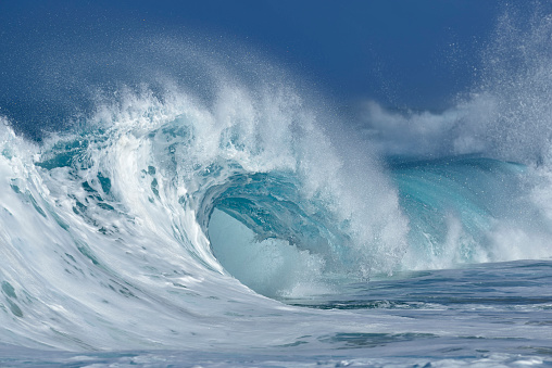 Natural Landmark「Big dramatic wave. Oahu, Hawaii, USA, Pacific Islands, Pacific Ocean.」:スマホ壁紙(10)