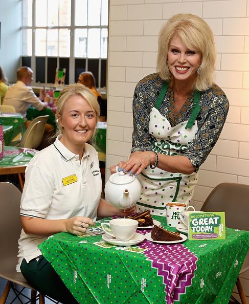 Morning「Joanna Lumley, M&S And Macmillan Host Coffee Morning」:写真・画像(15)[壁紙.com]