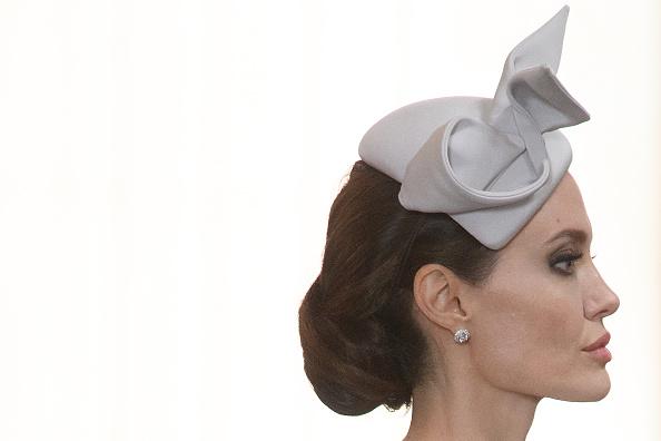 アンジェリーナ・ジョリー「HM Queen Attends Service Marking The Most Distinguished Order Of St George」:写真・画像(15)[壁紙.com]