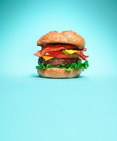 Bacon Cheeseburger「Burger on blue background」:スマホ壁紙(0)