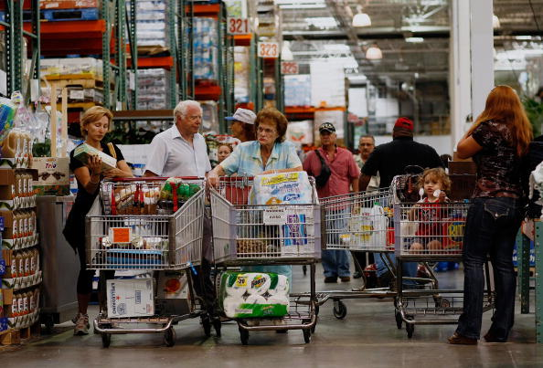 Costco Wholesale Corporation「Retail Sales Numbers Continue To Tumble」:写真・画像(11)[壁紙.com]