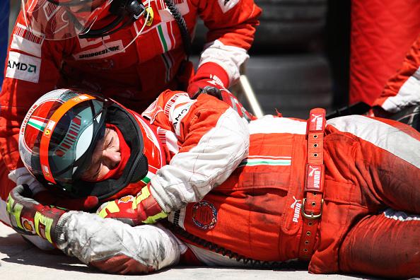 Misfortune「Injured Ferrari Mechanic, 2008 European Grand Prix」:写真・画像(10)[壁紙.com]