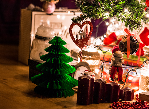 snowman「Illuminated Christmas display beneath the Christmas tree」:スマホ壁紙(17)