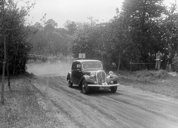 Recreational Pursuit「Citroen saloon, Bugatti Owners Club Hill Climb, Chalfont St Peter, Buckinghamshire, 1935」:写真・画像(14)[壁紙.com]