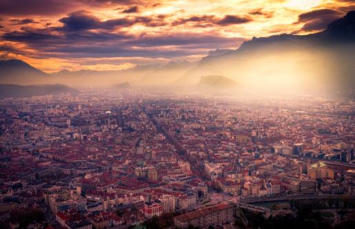 Grenoble「Grenoble cityscape」:スマホ壁紙(11)