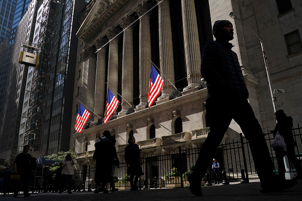 New York Stock Exchange「Stocks Take Another Major Plunge As Fears For Economy Rise」:写真・画像(18)[壁紙.com]
