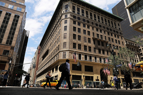 Flagship Store「Lord And Taylor To Close It's Flagship 5th Avenue Store」:写真・画像(2)[壁紙.com]