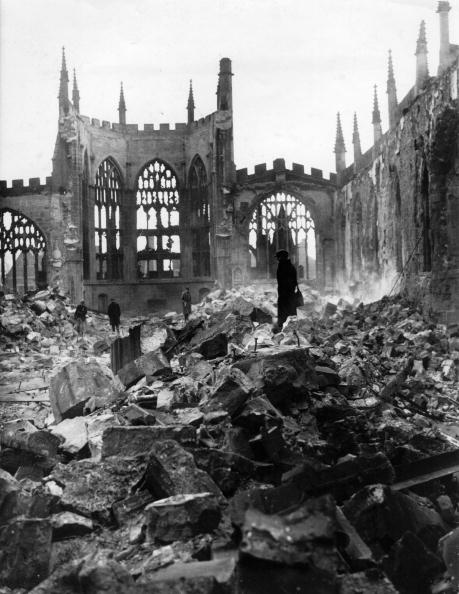 Cathedral「Ruins Of Cathedral」:写真・画像(15)[壁紙.com]