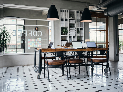 Asia「Retro Style Shared Office Workspace Interior」:スマホ壁紙(15)