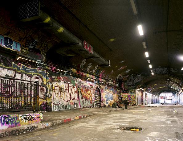 Homelessness「Leak street underpass, waterloo station, london, walls full of graffiti.」:写真・画像(2)[壁紙.com]