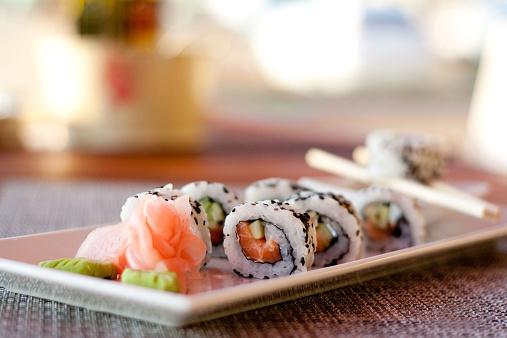 Chopsticks「Japanese seafood sushi, roll and chopstick on white plate」:スマホ壁紙(13)