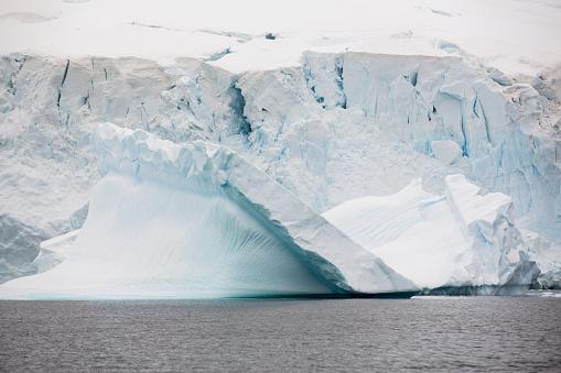 Pack Ice「Icebergs oof Curverville Island on the Antarctic Peninsular,」:スマホ壁紙(0)
