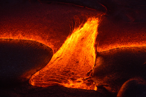 Volcanic Activity「Close-up of a Lava Flow on a mountain, Hawaii, America, USA」:スマホ壁紙(18)
