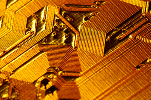 Soldered「Close-up of gold circuitry」:スマホ壁紙(0)