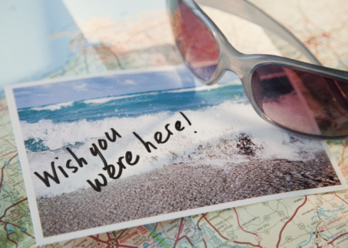 Guidance「Close-up of sunglasses and postcard on map」:スマホ壁紙(18)