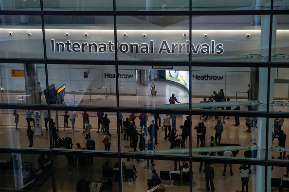 Heathrow Airport「Some UK Travel Corridors Close While Others Open, As Covid-19 Risk Reassessed」:写真・画像(9)[壁紙.com]