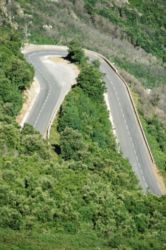 Hairpin Curve「France, road on Corsica Island, elevated view」:スマホ壁紙(18)