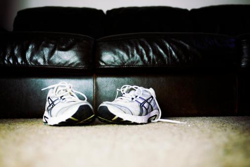Shoe「running shoes on floor next to sofa」:スマホ壁紙(19)