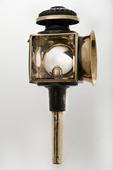 1900「Candle Powered Carriage Lamp 1900.」:写真・画像(9)[壁紙.com]