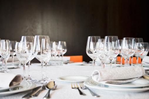 Fine Dining「Set table in restaurant」:スマホ壁紙(0)