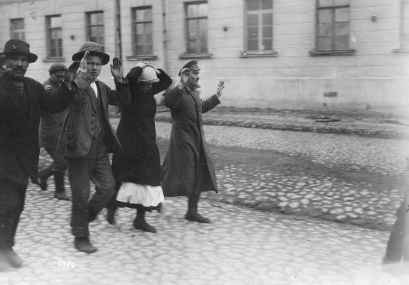 Surrendering「Finnish Prisoners」:写真・画像(19)[壁紙.com]