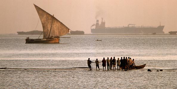 Recreational Pursuit「Tanzanian Fishermen」:写真・画像(1)[壁紙.com]