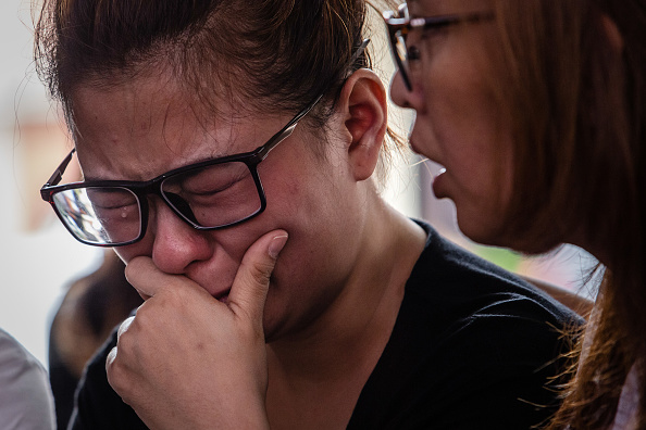 Anticipation「Relatives Of Lion Air Crash Victims Await News At Hospital」:写真・画像(9)[壁紙.com]