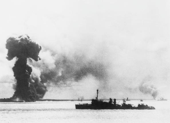 Exploding「Attack On Port Darwin」:写真・画像(11)[壁紙.com]