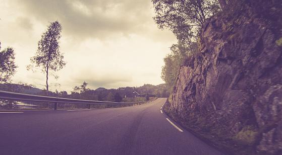 The Past「Norwegian Mountain Roads」:スマホ壁紙(12)