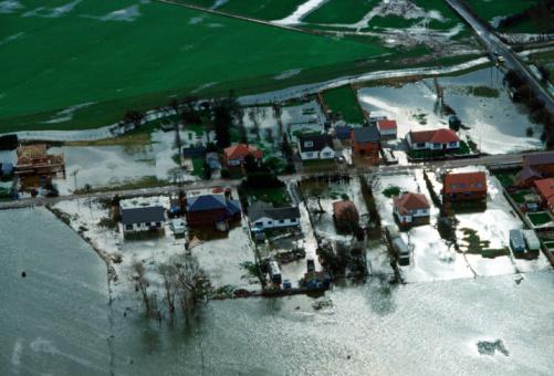 Flood「Floods at Towyn, Wales, UK」:スマホ壁紙(11)