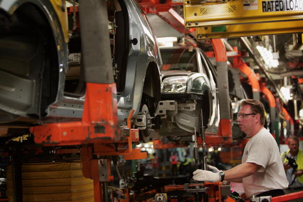 Manual Worker「Ford's Chicago Assembly Plant Celebrates 2008 Models」:写真・画像(13)[壁紙.com]