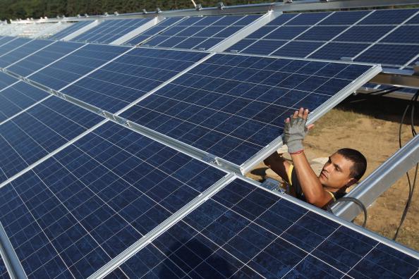 Solar Energy「Germany Invests Heavily In Solar Energy」:写真・画像(0)[壁紙.com]