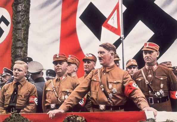 Color Image「Adolf Hitler」:写真・画像(4)[壁紙.com]