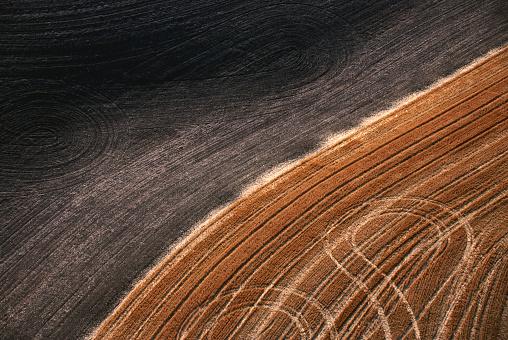 Plowed Field「Plowed Wheat Field」:スマホ壁紙(9)