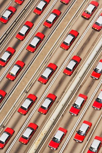 Traffic「Taxis on Freeway」:スマホ壁紙(16)