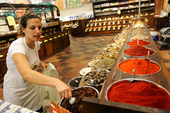 Spice「Opening Of The Biggest Organic Supermarket Outside The U.S.」:写真・画像(4)[壁紙.com]
