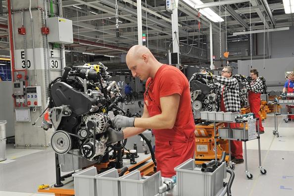 Engine「Volkswagen factory in Wrzesnia, Poland」:写真・画像(10)[壁紙.com]