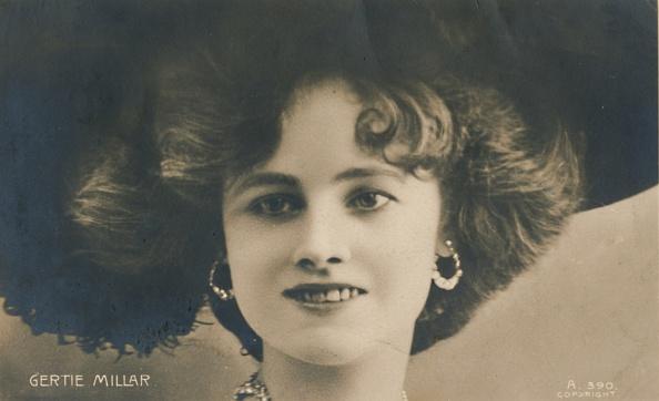 Looking Away「Gertie Millar」:写真・画像(8)[壁紙.com]