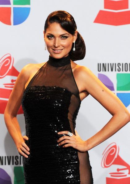 Blanca Soto「The 12th Annual Latin GRAMMY Awards - Press Room」:写真・画像(1)[壁紙.com]