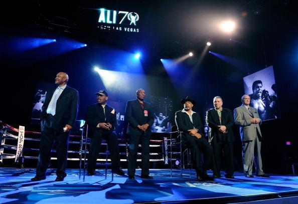 "George Foreman「Keep Memory Alive's 16th Annual ""Power Of Love Gala"" Celebrates Muhammad Ali's 70th Birthday - Inside」:写真・画像(15)[壁紙.com]"