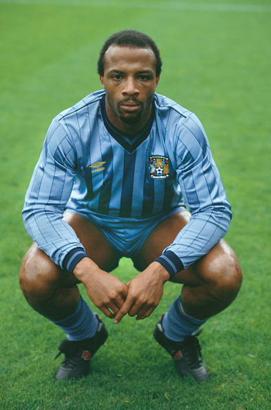 Black History in the UK「Cyrille Regis Coventry City 1985」:写真・画像(4)[壁紙.com]