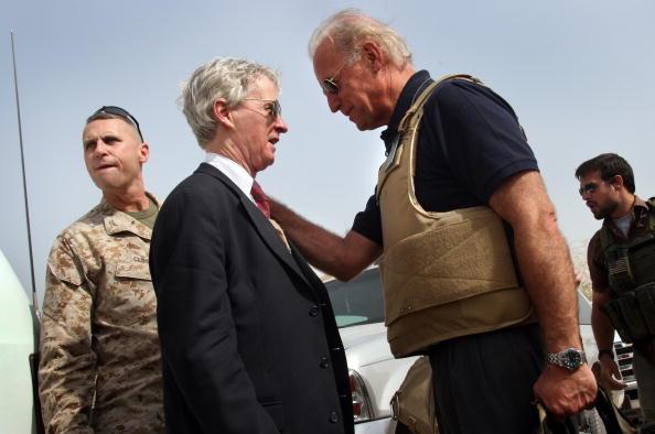 John Moore「(FILE PHOTO): Obama Picks Sen. Joseph Biden For Vice Presidential Running Mate」:写真・画像(2)[壁紙.com]