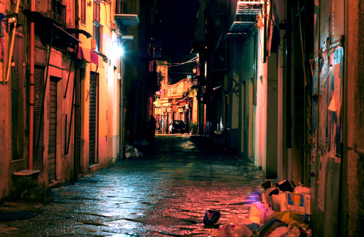 Sicily「dark alley」:スマホ壁紙(11)
