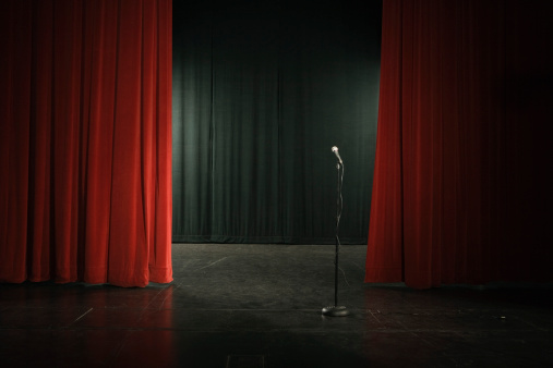 Velvet「Microphone on empty stage」:スマホ壁紙(8)